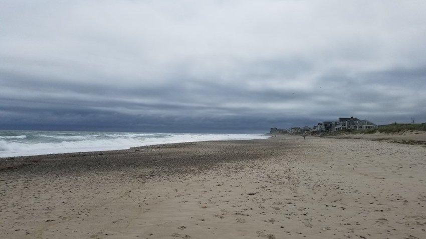 [UGCNECN-CJ-weather]Summer beach day in New England. Still beautiful. Marshfield. @nbcboston https://t.co/mElA0UBtWG