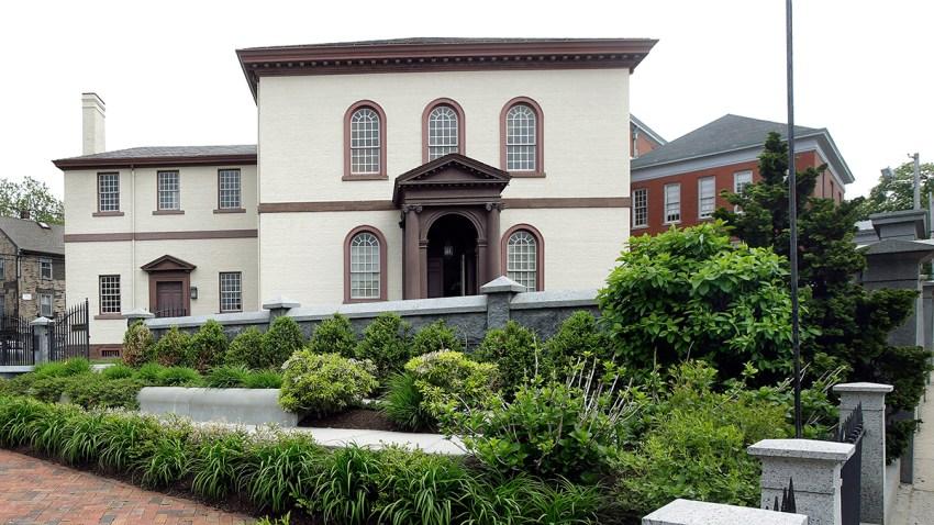 Oldest Synagogue Fight