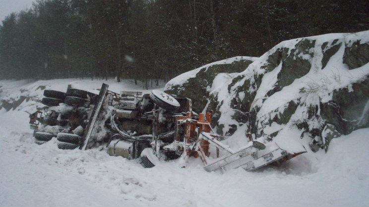 Etna Maine Crash