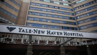 Group of Doctors Urges Lamont to Shut State Down Again As COVID-19 Hospitalizations Climb