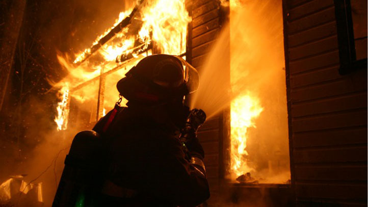 House fire generic 722