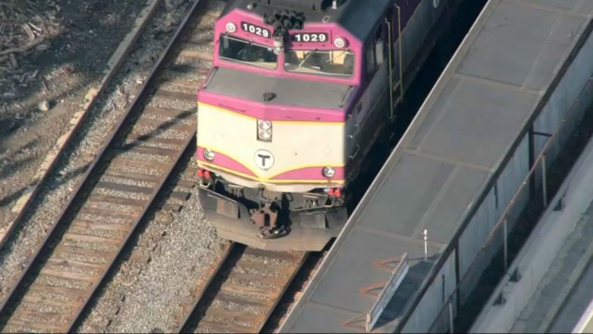MBTA-train-stopped