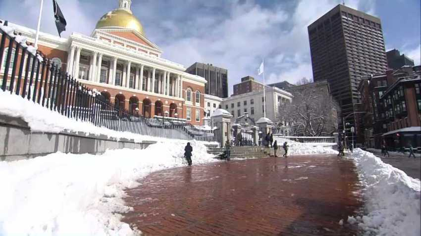 Massachusetts Statehouse snow