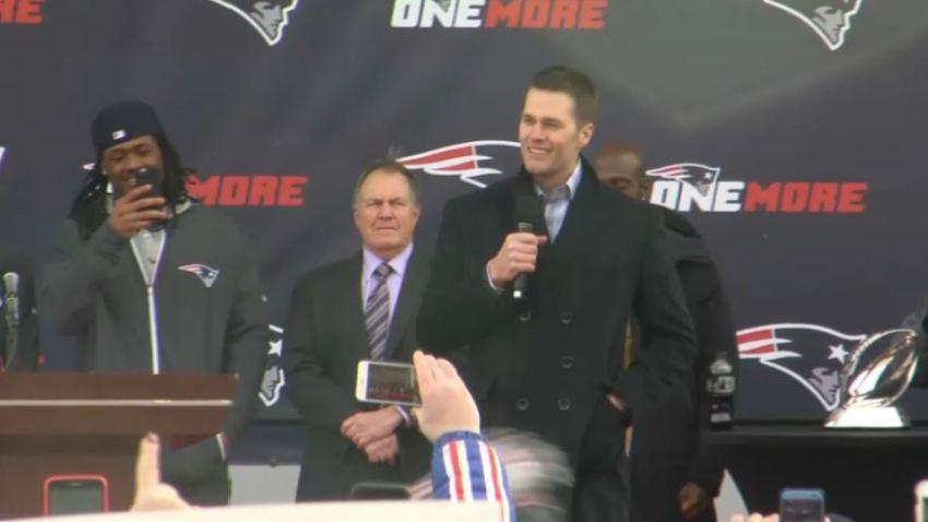 Pats rally Brady