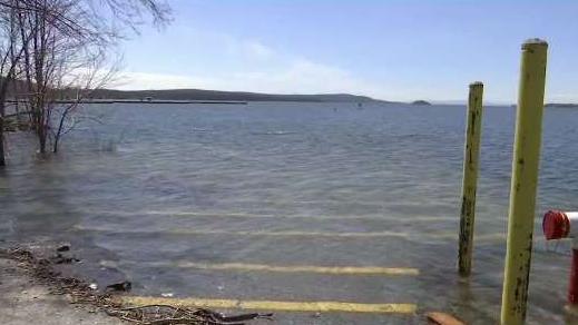 Spring_Rain_Melting_Snow_Drives_Lake_Champlain_Into_Flo
