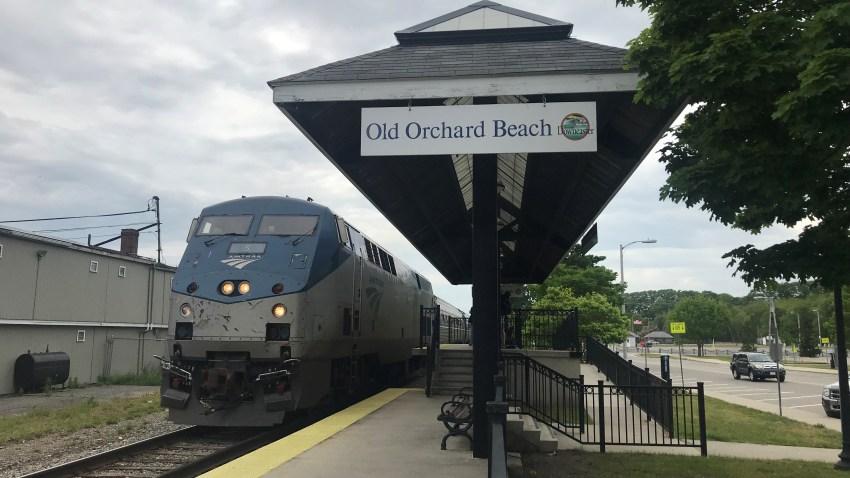 VW 2018 Maine Amtrak Downeaster