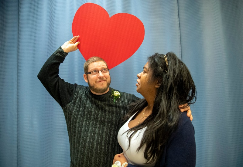 Mass. Couples Tie the Knot on Valentine's Day