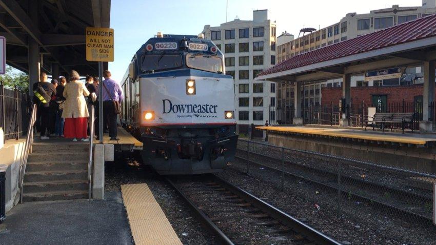 amtrak downeaster train