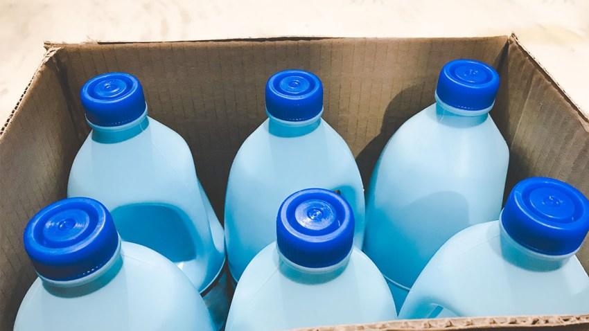 Foto generica de productos de limpieza.