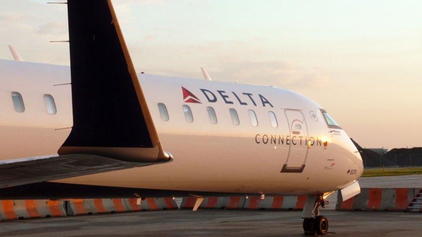 delta-connection-crj-900