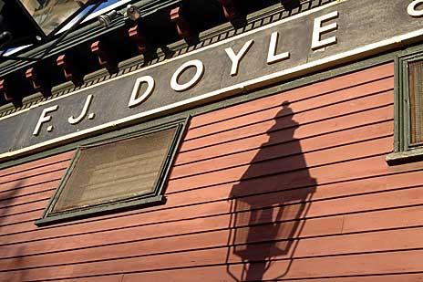 doyles-cafe-tight-outside900xx464-309-0-0