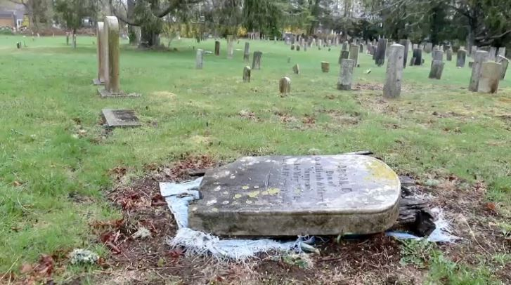 falmouth tomb stone stolen