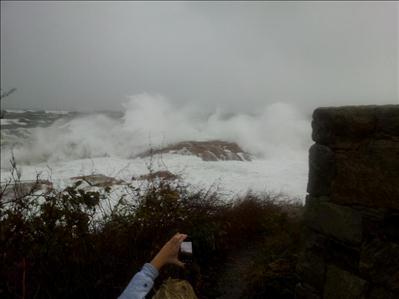 [UGCPHI-CJ-weather]Hazard Rock Narragansett RI