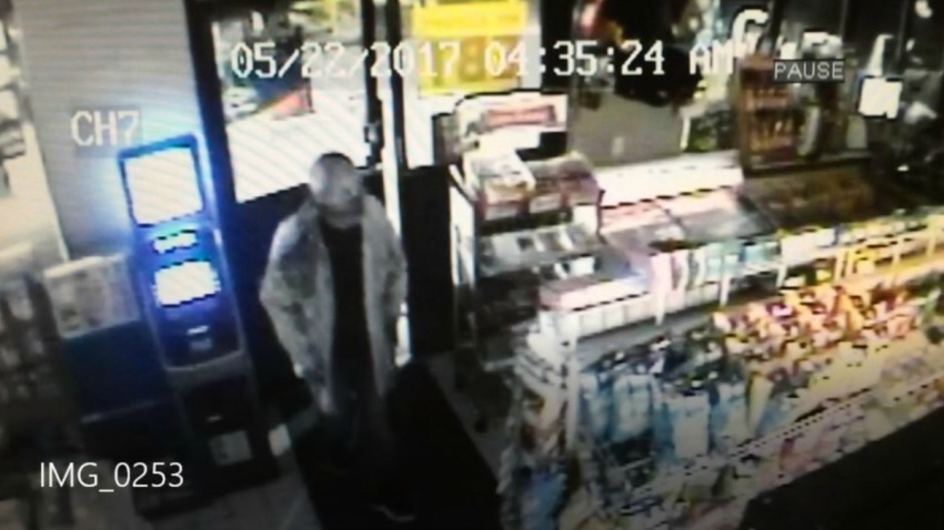 fidget spinners convenience store robbery