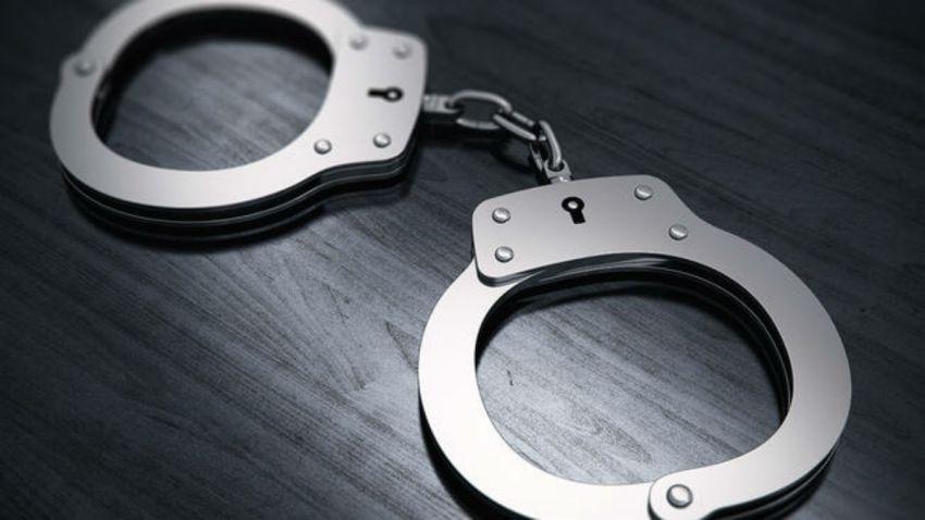 handcuffs22
