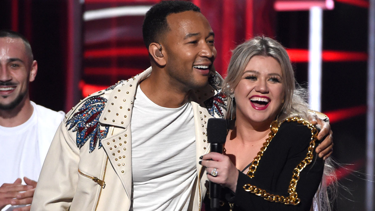 John Legend and Kelly Clarkson Release Updated Version of 'Baby, It's Cold Outside' – NECN