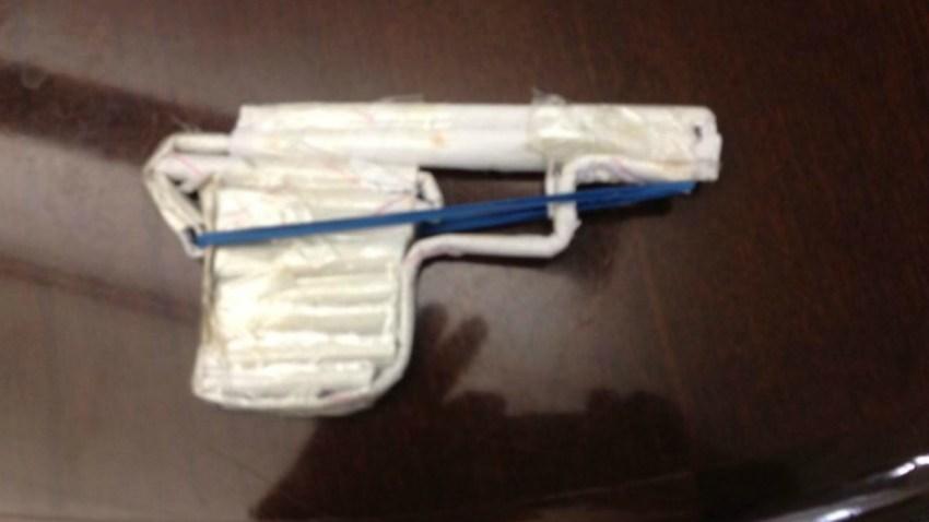paper gun_McDonough Hartford school