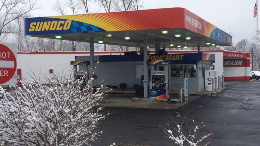 robbery at Enfield Sunoco