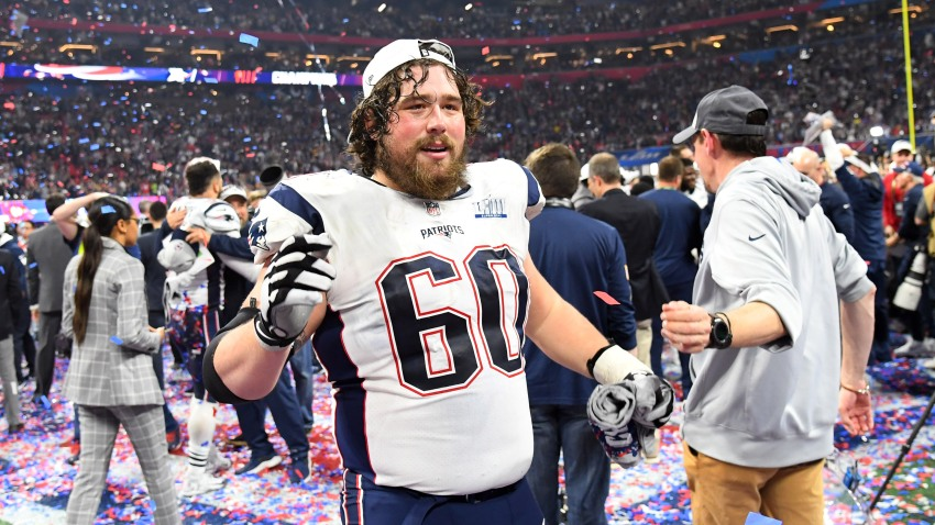 [NBC Sports] NFL Rumors: Patriots center David Andrews hospitalized with blood clots, will miss significant time in 2019