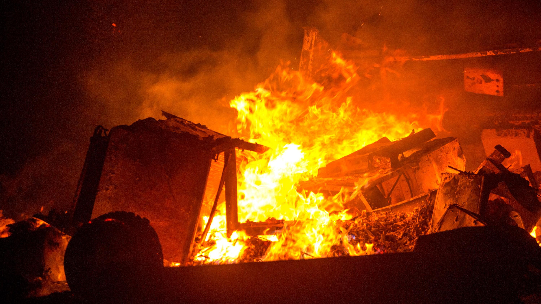 California Wildfire Threatening More Than 1,000 Homes – NECN