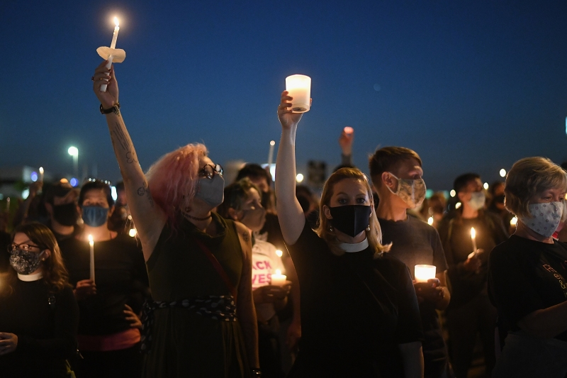 Photos: Enraged by Breonna Taylor Decision, Protesters Gather Nationwide