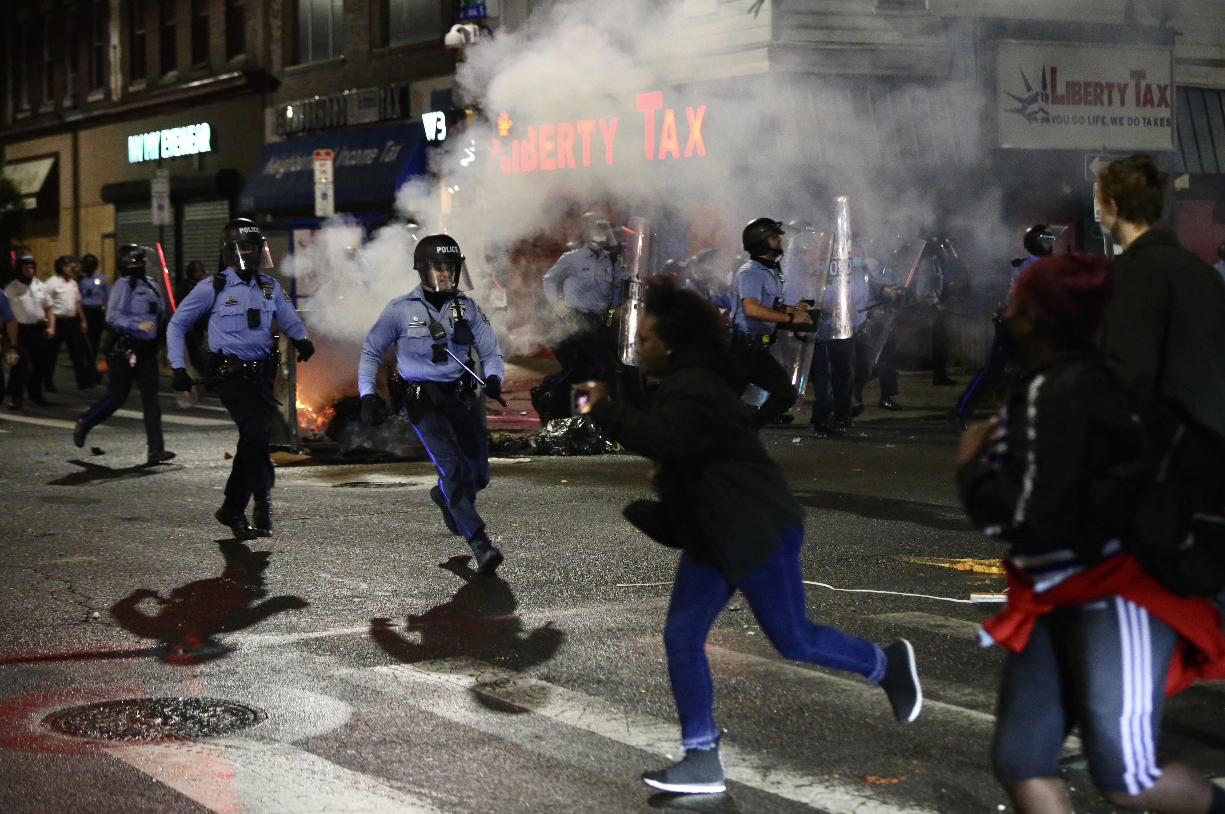 Violence Tears Through West Philadelphia, Other Neighborhoods After Police Shoot, Kill Walter Wallace Jr.; 30 Officers Hurt – NECN