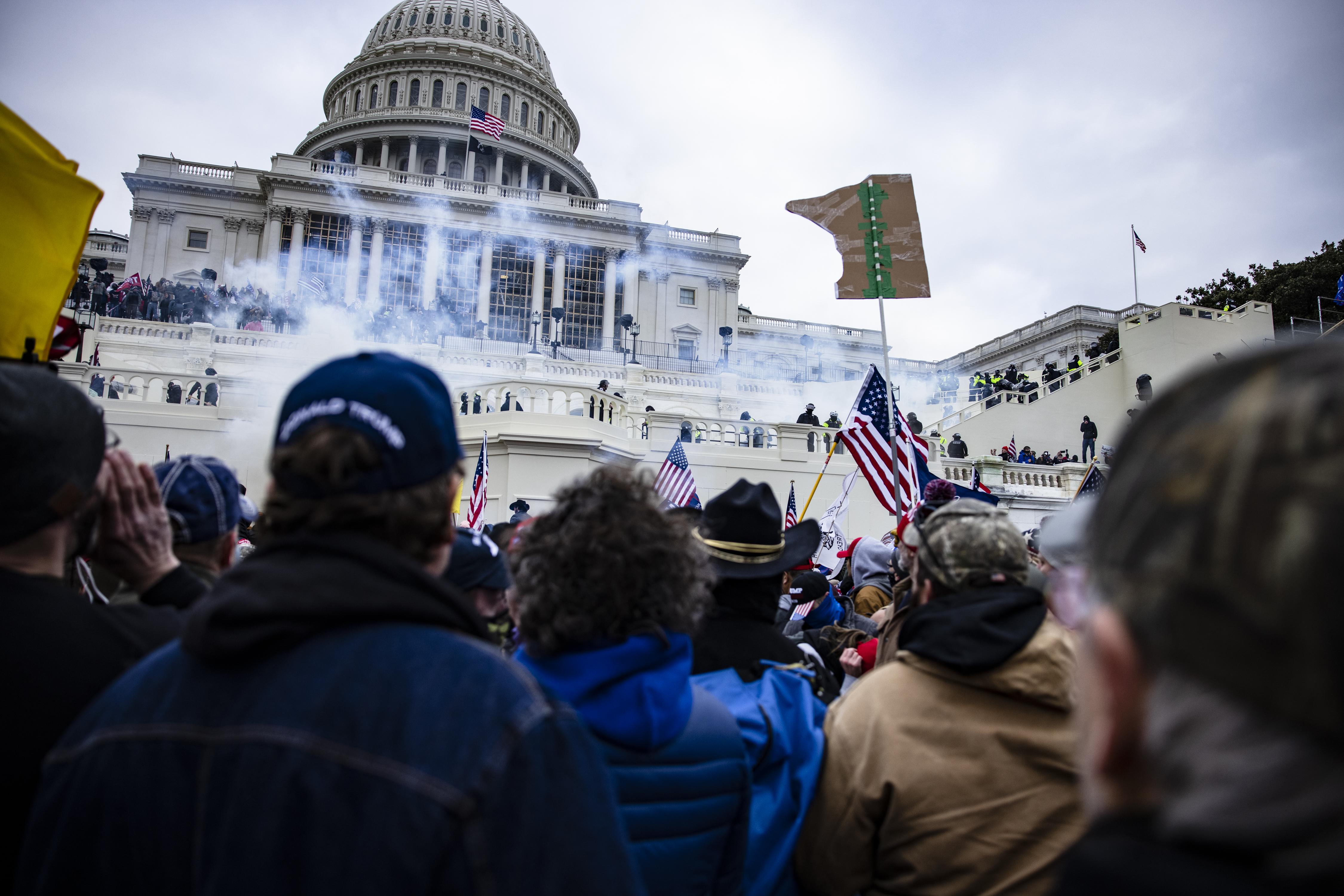 After Capitol Riot, Critics Highlight Rise of 'Free Speech Social Network' Parler – NECN