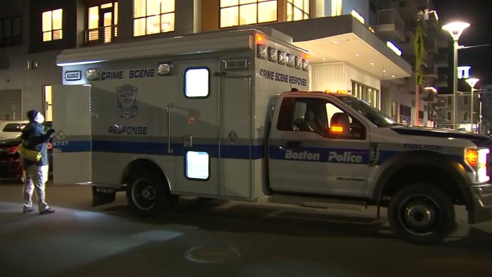 Shooting Victim Found in Car Near Marina Bay in Quincy – NECN