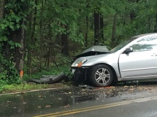 Driver, 2 Children Injured in Boxford Crash