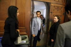 Weiner, Abedin Appear Before NYC Judge