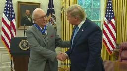 Bob Cousy Gets Presidential Medal of Freedom