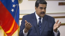 Venezuela's Maduro Closes Brazil Border to Block Aid Entry
