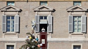 Pope on Christmas: Bethlehem Trek's Like Today's Migrations