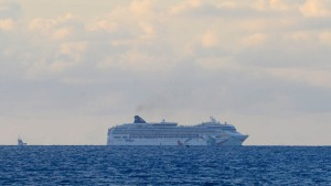 Boston-Bound Cruise Ship Runs Aground