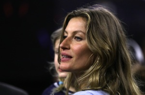 Gisele Bundchen Apologizes After Vogue Interview Backlash