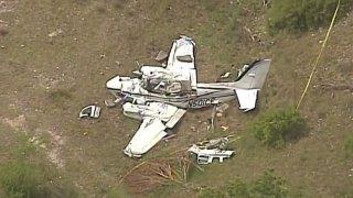 6 Dead in Texas Small Plane Crash: Officials