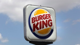 Burger King Picks Up Tab for Couple's Burger-King Wedding