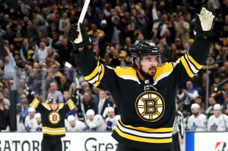Bruins Beat Maple Leafs in Game 7 to Move on in Playoffs