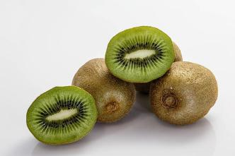 Officials: Cleaning Solution May Have Tainted Fresh Kiwi