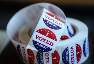 RI Officials Vote to Reopen Voter Lists After Glitch