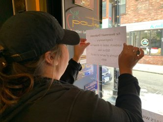 Businesses Offer Federal Workers Deals Amid Ongoing Shutdown