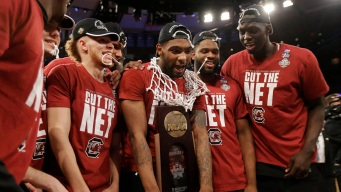 South Carolina Headed to Final Four, Beats Florida 77-70