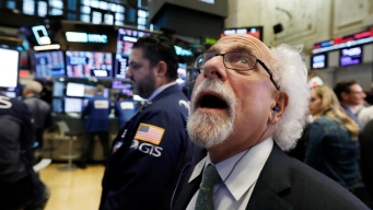 Stocks Plunge Again; Dow's 2-Day Loss Reaches 1,300 Points