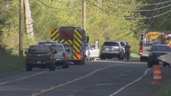 2 Dead in Crash on Route 44 in Conn.