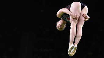 Canadian MacLennan Wins Gold in Olympic Trampoline