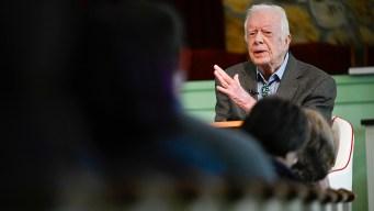 Still Teaching at 95, Jimmy Carter Draws Devotees to Church