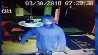 Police: Man Robbed Salon with Hypodermic Needle