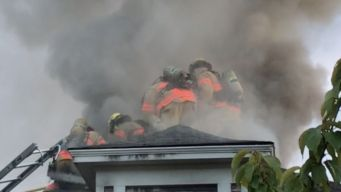 Witness Rescues Man From Burning House