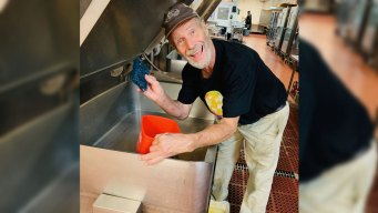 Restaurateur Behind NH's Common Man Cooks Meals for Dorian Victims