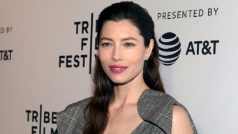 Jessica Biel on Anti-Vaccine Bill; Jon Stewart Makes Plea to Congress